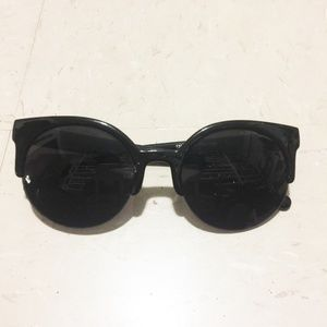 eye cat black round frame cool trendy sunglasses